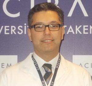 1513693980 Prof. Dr. Umut Dilek 300x280