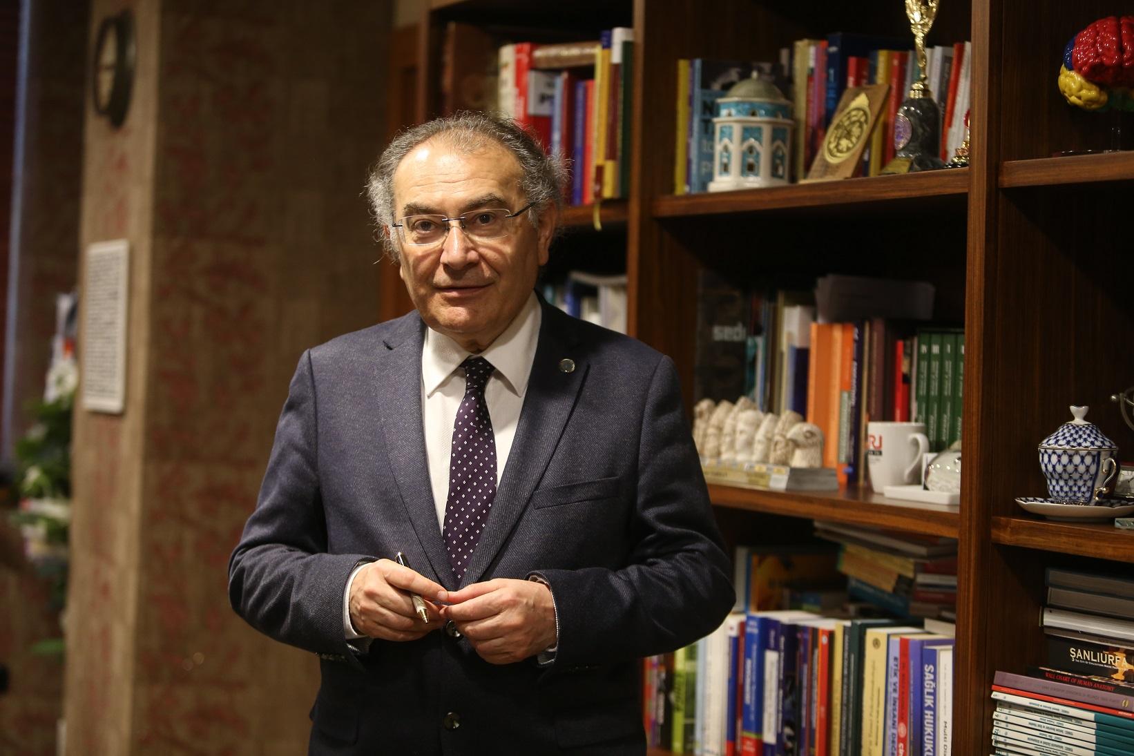 1631518778 Prof. Dr. Nevzat Tarhan   1